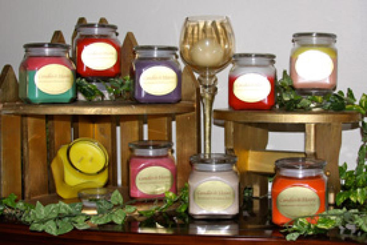 Amazing scented candles are now available!