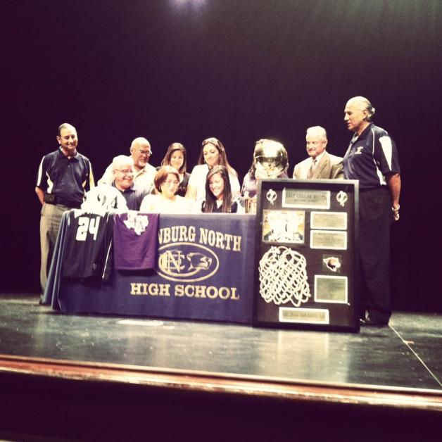 Vicky Pena Signs with Stephen F. Austin!!