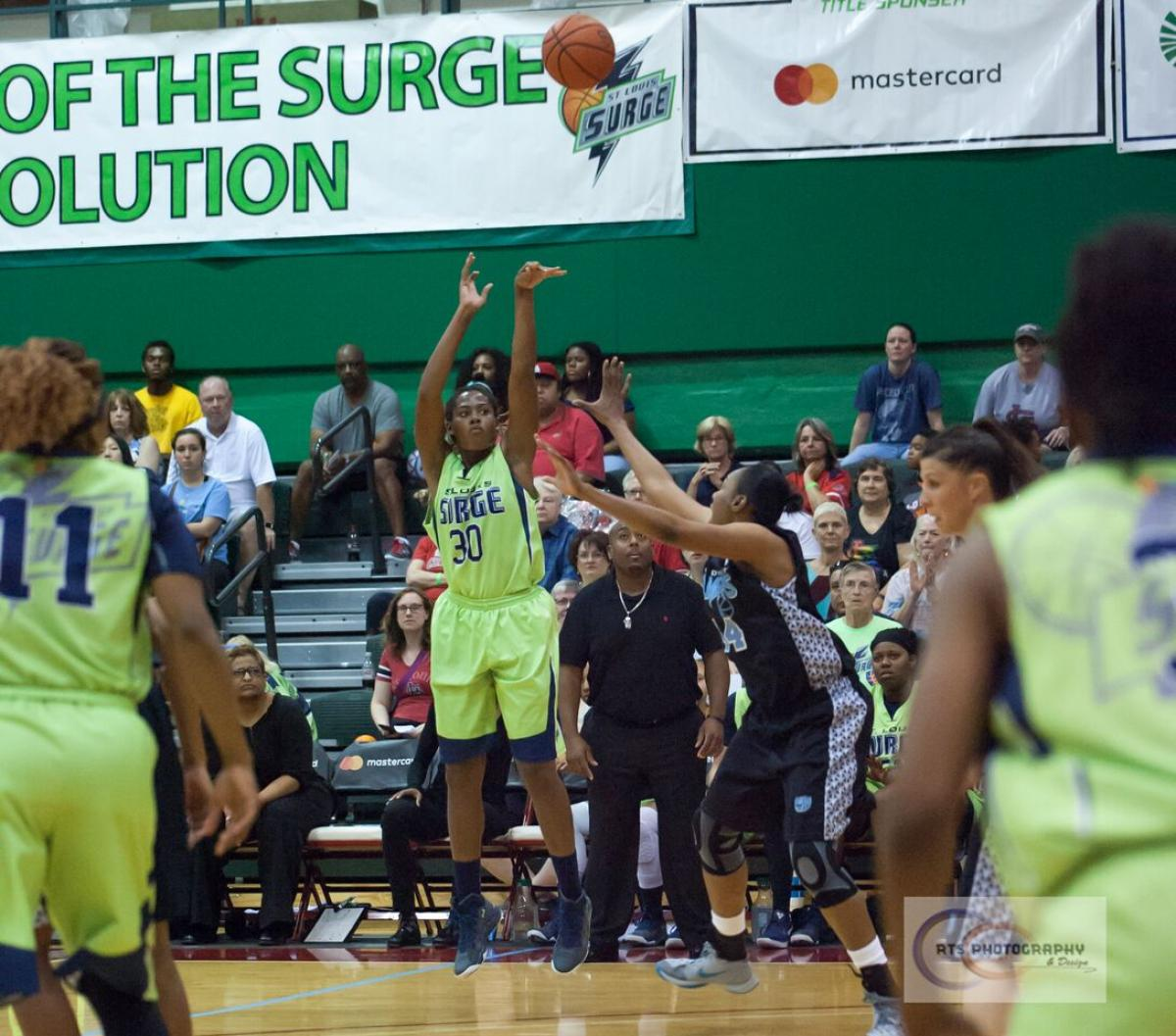 Surge Basketball Stays Undefeated, Clinches Playoff Top Seed With Home Win